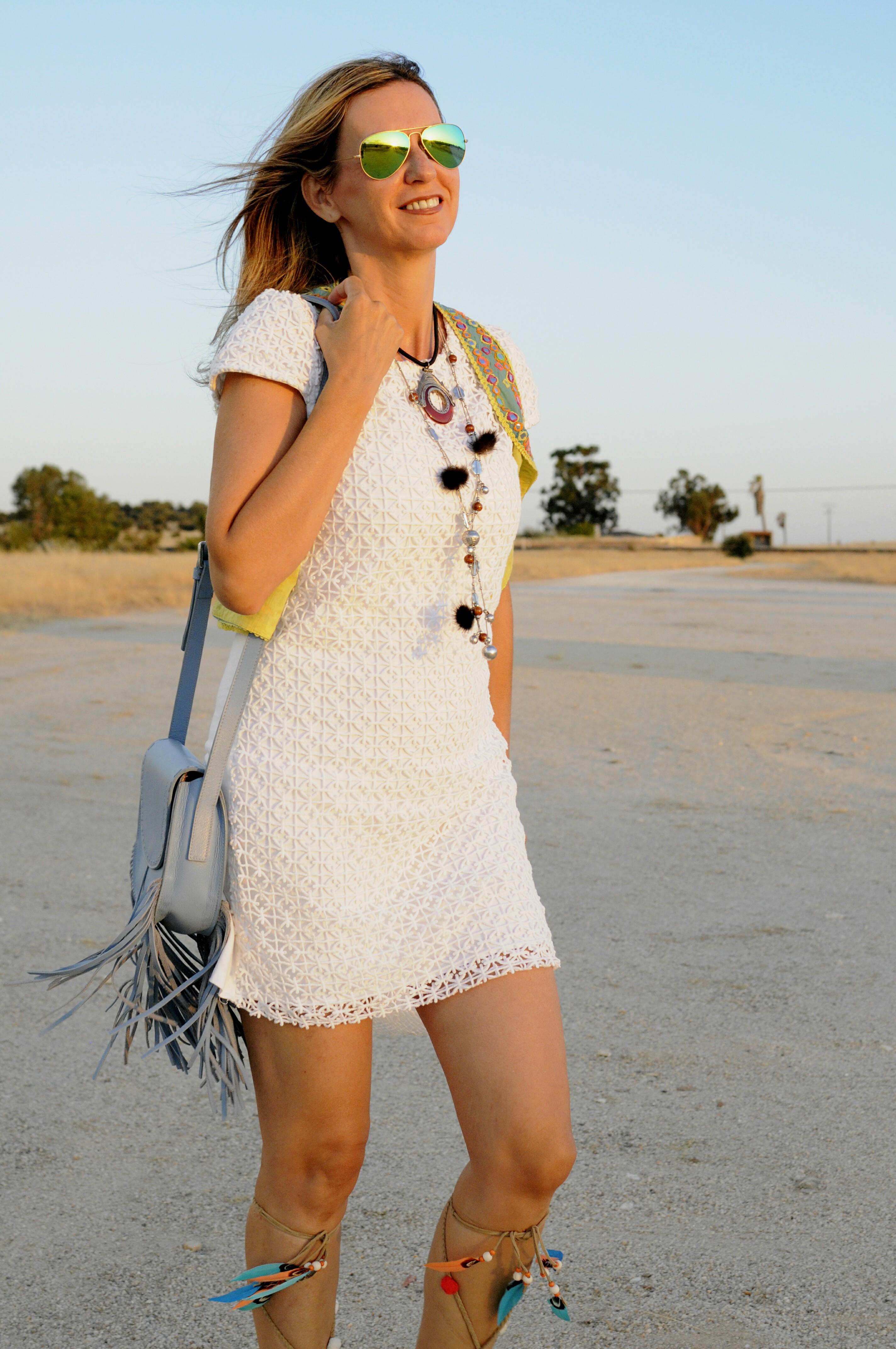 Complementos vestido blanco ibicenco